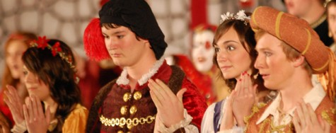 Choir program performs annual Madrigal dinner theater