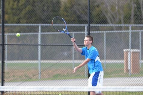 Boys tennis deafeats Ft. Zumwalt North