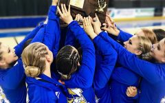 Photo of the Day: Golden Girls Win State