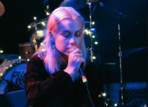 "Phoebe Bridgers and Maggie Rodgers collab on cover of ""Iris"" by The Goo Goo Dolls"