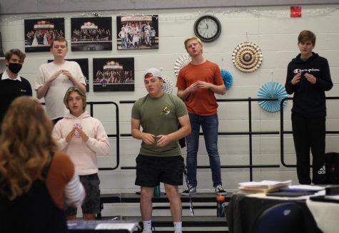 28 Students Make Metro 8 Honors Choir